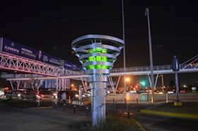 BiomiTech's BioUrban 2.0 in action at a road intersection in Mexico.