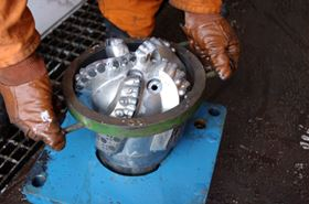 The drill bit needs to be surrounded by drilling mud, which is an essential part of the overall oil production process, and has important applications for filtration.