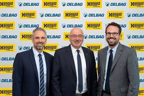 Left to right: Jens Röttgering (owner and chairman of the board, Hengst SE), Manfred Sauer-Kunze (managing director, Delbag) and Christopher Heine (CEO, Hengst SE).