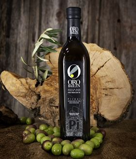 The quality of high-class extra virgin olive oils comes from an early harvest, when the olive fruit is at its ideal ripeness to provide the best attributes in an olive oil.