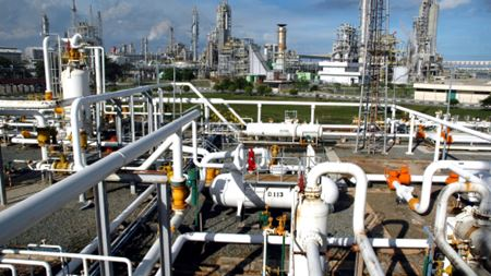 Membrane separation processes in the bulk chemicals industry