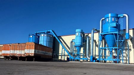 Industrial dust extraction systems