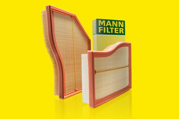 The Mann+Hummel Flexline air filters C 26 017 and C 30 030.